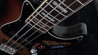 Fender Japanのベースをリフィニッシュのアイキャッチ画像